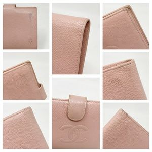 CHANEL Bags - Chanel Authentic CC Caviar Leather Bifold Wallet